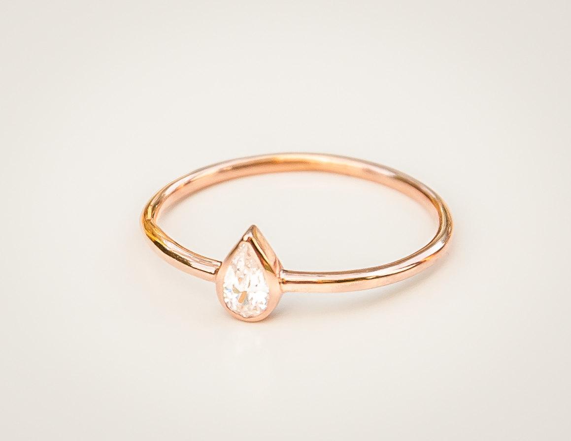 5 minimal Engagement rings under 1k etsy love